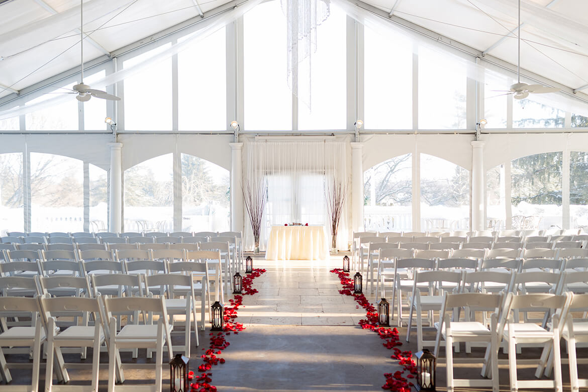 Penn_Oaks_Golf_Club_Indoor_Wedding_Ceremony